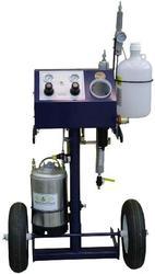 Машина для напыления гелькоута Патриот (США).